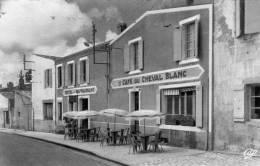 DPT 17 MARENNES CAFE HOTEL DU CHEVAL BLANC - Marennes