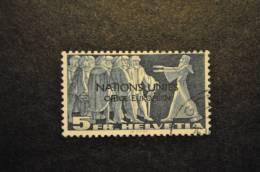 Nations Unies, Zumstein No 19 Oblitéré (avec Charnière) - Dienstpost