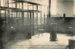 BEAUMONT ECOLE MOYENNE POUR JEUNES FILLES SALLE DE MUSIQUE - Beaumont