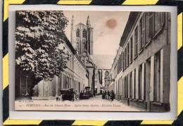 BERGUES. - . RUE DU CHEVAL - BLANC, EGLISE SAINT - MARTIN, HÔTEL DES VENTES - Bergues