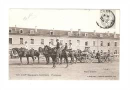 CPA - 94 - Vincennes - 12ème & 13ème Régiments D'Artillerie : Pièce Attelée : Militaires à Cheval - Attelage , Bâtiments - Manovre