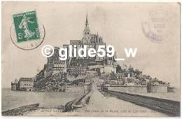 MONT SAINT-MICHEL - Vue Prise De La Digue, Côté De L'Arrivée - N° 1 - Le Mont Saint Michel