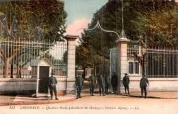 38 GRENOBLE QUARTIER HOCHE ARTILLERIE DE MONTAGNE BATTERIE ALPINE ANIMEE - Barracks