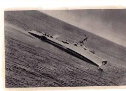 AK WW II ,Italienisches Militär AVIATION Das Feindliche Schiff, OLD POSTCARD - 1939-1945: 2ème Guerre