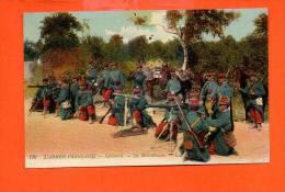 Militaire - L´Armée Française - Infanterie - Les Mitrailleuses - Ausrüstung