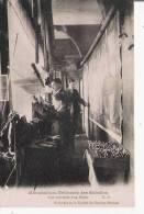 MANUFACTURE DES GOBELINS  VUE INTERIEUR D'UN METIER (HOMMES A L'OUVRAGE) - Petits Métiers à Paris