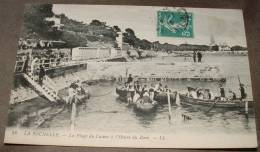 La Rochelle - La Plage Du Casino à L'heure Du Bain - La Rochelle