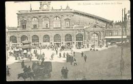 59 LILLE / La Gare Et Place De La Gare / - Lille