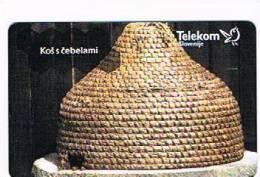 SLOVENIA (SLOVENIJA)  - TELEKOM SLOVENIJE  -  2001 BEES: GRBASTA ZALEGA/KOS S CEBELAMI 50 IMP (TIR. 5000) -USED-RIF.3110 - Slovenia