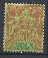 MADAGASCAR TYPE GROUPE  N� 34 NEUF* TTB