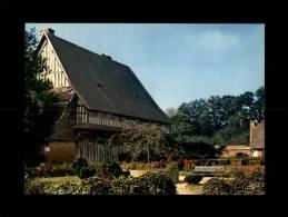 27 - ROUTOT - Le Jardin Public Et Le Vieux Manoir - 1-79 - France