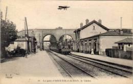 ARCUEIL-CACHAN -  La Gare (Train) - Le Viaduc - Avion  (54644) - Arcueil