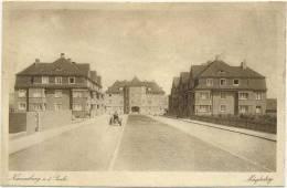 AK Naumburg Saale, Mägdestieg, Häuser Strasse Traktor - Naumburg (Saale)