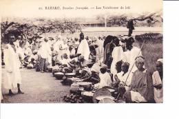BAMAKO, Soudan Français  --  Les Vendeuses De Lait - Malí