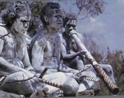 (309) Australian Aborigines Palying Didgeridoo - Natif Australian - Aborigènes