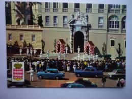 Principaute De Monaco # Le Palais Du Prince - La Relève De La Garde - Tenue D'été  #  Scann Recto Verso - Non Classés