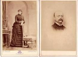 PORTRAIT 2 CARTES CDV Tirage Alluminé 19 ème - Taille 108 X 164  - Mme Et Mr  DE VOYS 1881 ET 1882 - Edit Le Jeune - Illustrateurs & Photographes