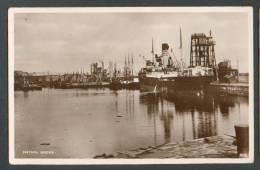 SCOTLAND  METHIL  DOCKS ,  SS  HANS GUDE  BERGEN  NORWAY   , OLD POSTCARD , O - Steamers