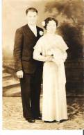 Unidentified Wedding Couple Un Couple Marriage Nonidentifiee  Real Photo - Marriages