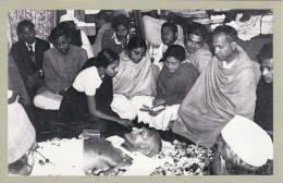 Postcard Funeral Of Mahatma Ghandi New Delhi India 1948 Nostalgia - Historische Persönlichkeiten