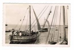 GUNEE  FRANCAISE  /  CONAKRY  /  CÔTRES  ( Voiliers, Bateaux De Pêche )  AU  DEPART  /  Cliché  REYNÈS - Guinée Française