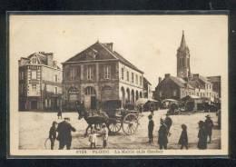 22 - PLOEUC : La Mairie Et Le Clocher,  Attelage - Andere Gemeenten