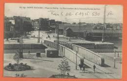 W082, Saint-Nazaire, Place Du Bassin, Pont Roulant De L'entrée Du Port, 887 ,animée, Circulée  1916 Sous Enveloppe - Saint Nazaire