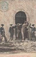 OUST: Inventaire De COMINAC,Al'Appel Des Cloches ,les Ours Gardent L'Entréev De L'Eglise En1906 - Oust