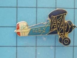 (pin413a) Pin´s Pins / Thème AVIONS AVIATION / BIPLAN US NAVY ANNES 30 F4B-1 / Marquage Au Dos : -----------  Le Carroya - Avions