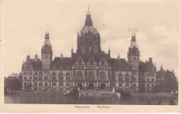Feldpost WW2: Fahr-Ersatz Abteilung 11 Dtd 13.5.1940 - Postcard Showing Rathaus In Hannover (B391) - Weltkrieg 1939-45