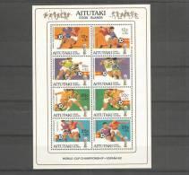 Hb De Aitutaki Y Algunos Sellos - Coupe Du Monde