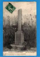 02 SISSONNE   Camp De SISSONNE - Monument Du Capitaine HARDI Mort Accidentellement (1912) - Sissonne