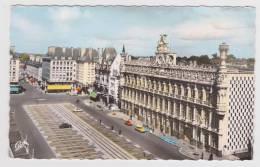 (RECTO / VERSO) VALENCIENNES - N° 1597 - PLACE D' ARMES ET HOTEL DE VILLE - CITROEN DS - Valenciennes