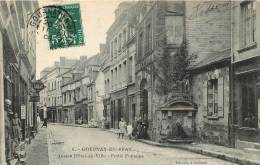 76 GOURNAY EN BRAY  ANCIEN HOTEL DE VILLE PETITE FONTAINE - Gournay-en-Bray