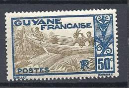 GUYANE PIROGUIERS N� 120  NEUF** TB