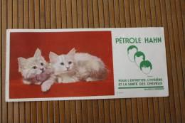Buvard Publicitaire Pétrole Hahn PETROLE HAHN Produit Entretien,hygiène Et La Santé Des Cheveux -2 Petits Chatons Blanc - Papel Secante