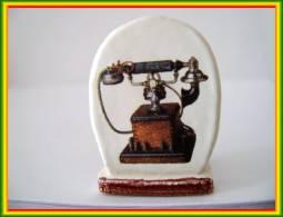Clamecy ... Télephone D'Antan .. N°6 Bordure Dentelée ...Ref AFF: 62-2005 .. (boite 3) - Frühe Figuren