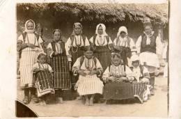 Carte Photo.Femmes.Costumes Traditionnels.Monastir.Serbie. - Serbia