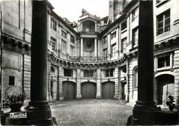 PARIS  HOTEL DE BEAUVAIS CONSTRUIT PAR LE PEAUTRE HABITE PAR MOZART SCANS RECTO VERSO - Andere Monumenten, Gebouwen