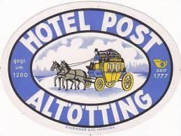 GERMANY ALTOTTING HOTEL POST VINTAGE LUGGAGE LABEL - Hotel Labels