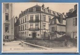 03 - BOURBON L´ARCHAMBAULT -- L´Hotel Des Bains - Bourbon L'Archambault