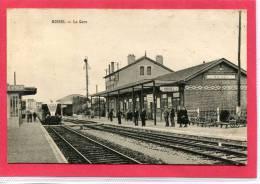 80  ROISEL  .La  Gare   C.P.A - Roisel