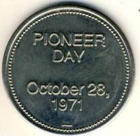 1971 Canada Telephone Pioneer Day Medal (Size Of Silver Dollar)60 Years Of Human Service!! - Professionals / Firms