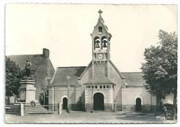 Cpsm: 44 LA MEILLERAYE DE BRETAGNE (ar. Châteaubriant) Eglise Et Monument Aux Morts - Autres Communes