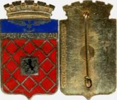 INSIGNE EMAILLE DE LA BAN BASE AERONAVALE DE LANDIVISIAU A.B PARIS (SCAN RECTO / VERSO) ETAT EXCELLENT - Armée De L'air