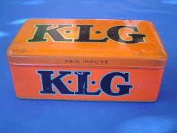 """Boîte Métal """"K.L.G"""" Bougie Automobile. - Boxes"""
