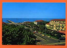 Marina Di MASSA Piazza Betti  Place Betti - Massa