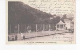 CPA-63-1936-CHATELGUYON-LE TENNIS DU PARC-ANIMEE-JOUEURS DE TENNIS - Châtel-Guyon