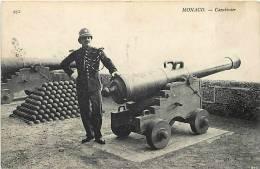 Depts Div- Monaco- Ref G722- Carabinier - Militaires Militaria -materiel Canon -canons   -carte Bon Etat  - - Non Classés