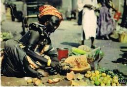 NIGER  -  Une Marchande De Légumes -L´AFRIQUE  En Couleurs- Flamme Et Timbre Du NIGER-SCANS RECTO VERSO - Niger
